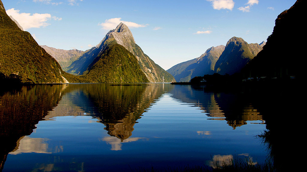 Milford Sound panorama of mountains and lake - New Zealand natural wonders